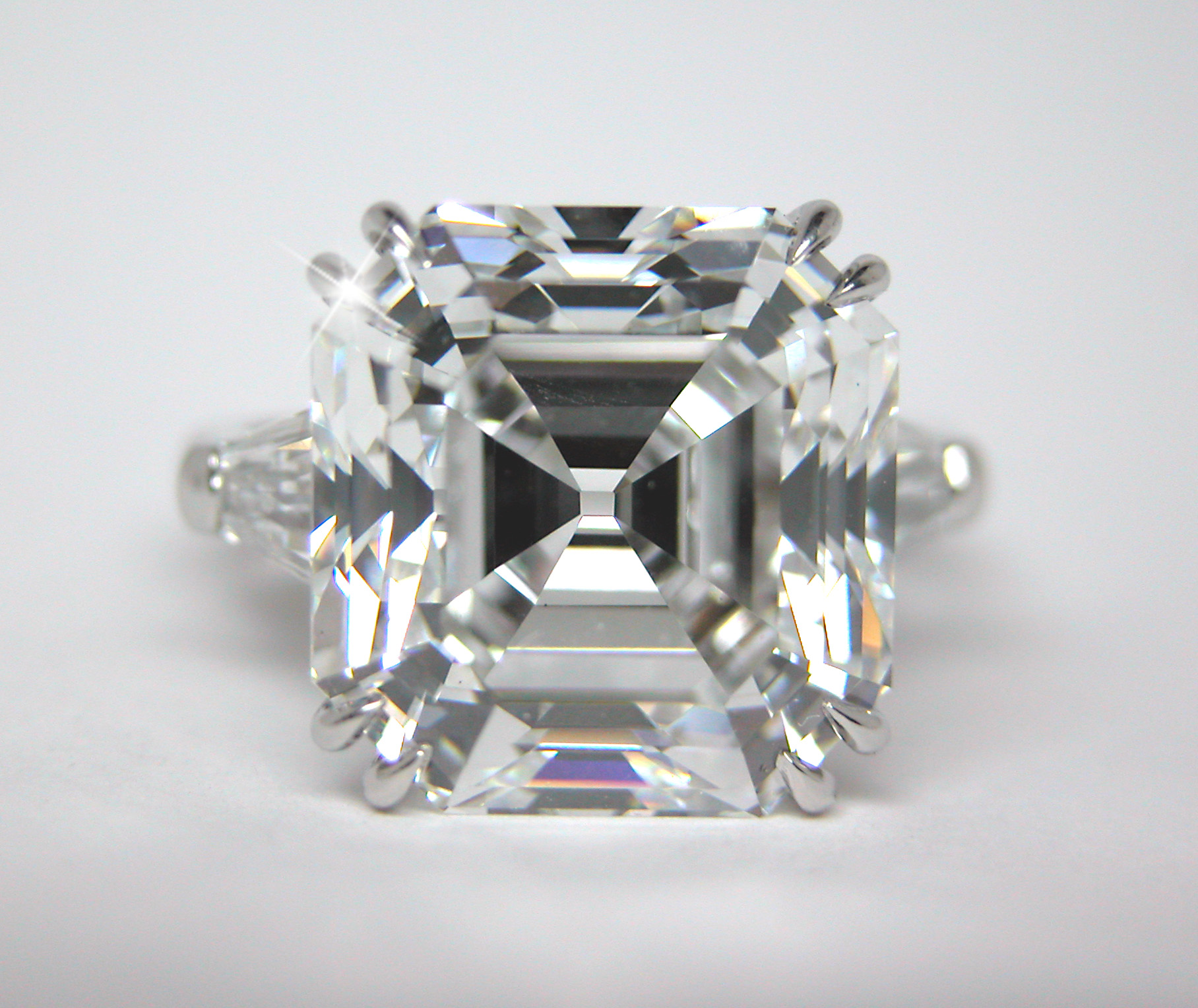 i asher gia hrd diamonds clarity asscher example illustration carat sample color graded diamond in k